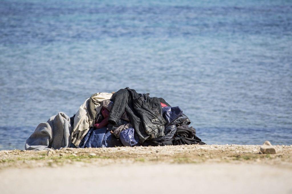 boat refugee foundation web 012