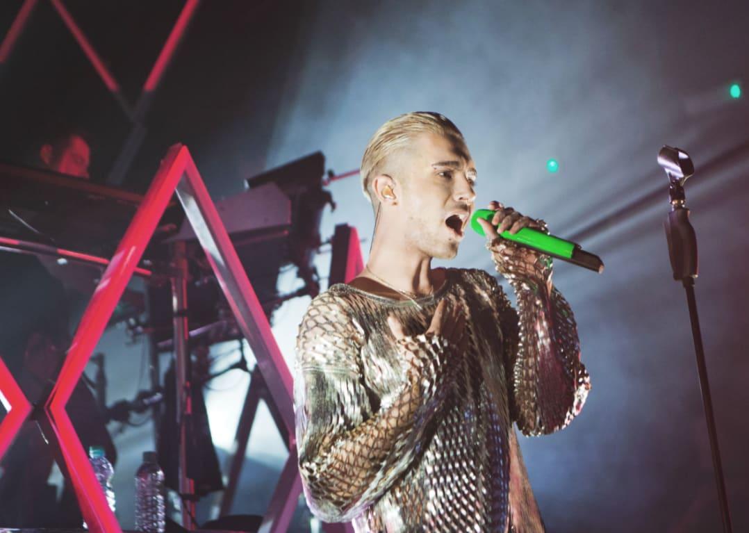 """Bill Kaulitz in London bei  der """"Dream Machine""""-Tour."""