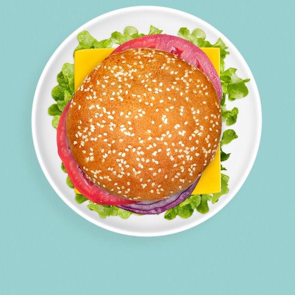 Ein Burger hilft natürlich beim Zunehmen. Aber ist er auch das Richtige, wenn man gesund zunehmen will?