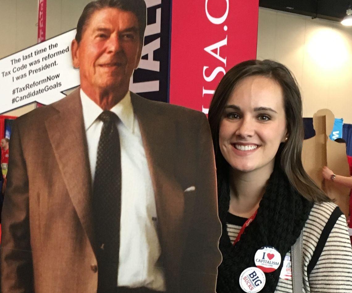 """Für Mary Beth war Ronald Reagan der Größte. """"Er hat unser Land zusammengeführt"""", sagt sie."""
