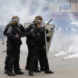 Polizisten am Platz der Republik