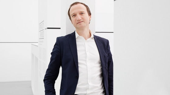 Oliver Elser, Kurator des Deutschen Architekturmuseums in Frankfurt und Projektleiter von #SOSBrutalism
