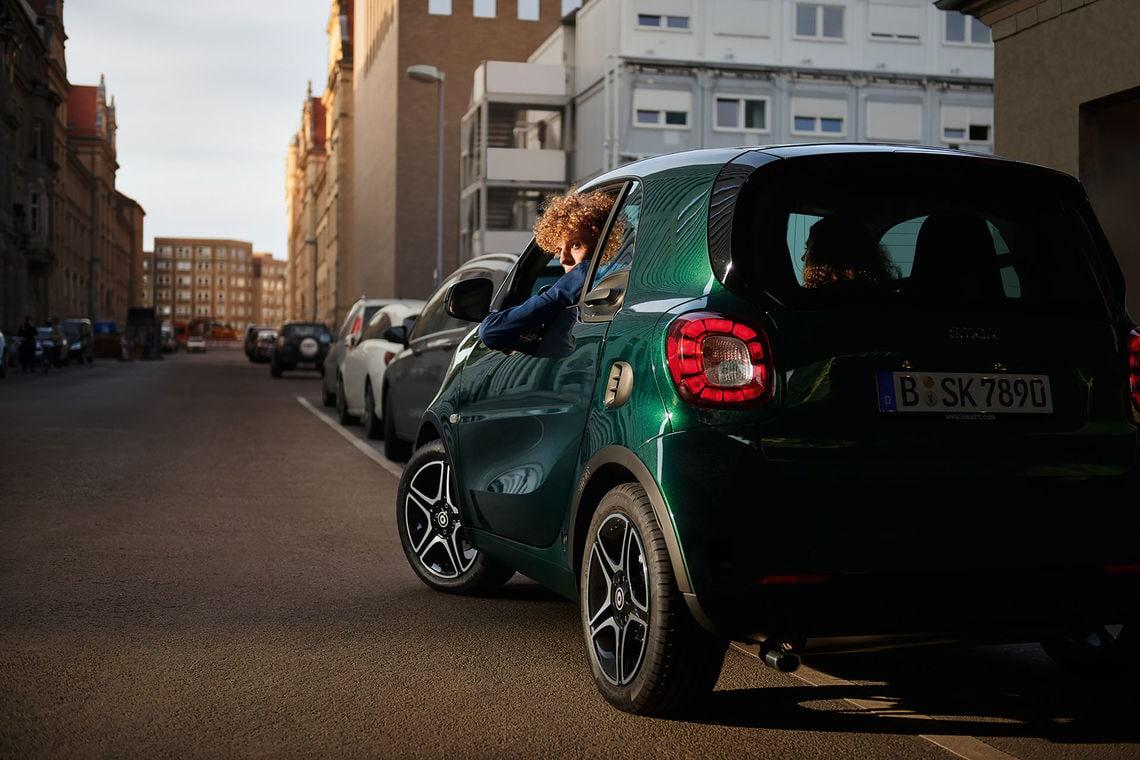smart carsharing lifestyle 06 347 k3 r2s srgb nwp 1920px