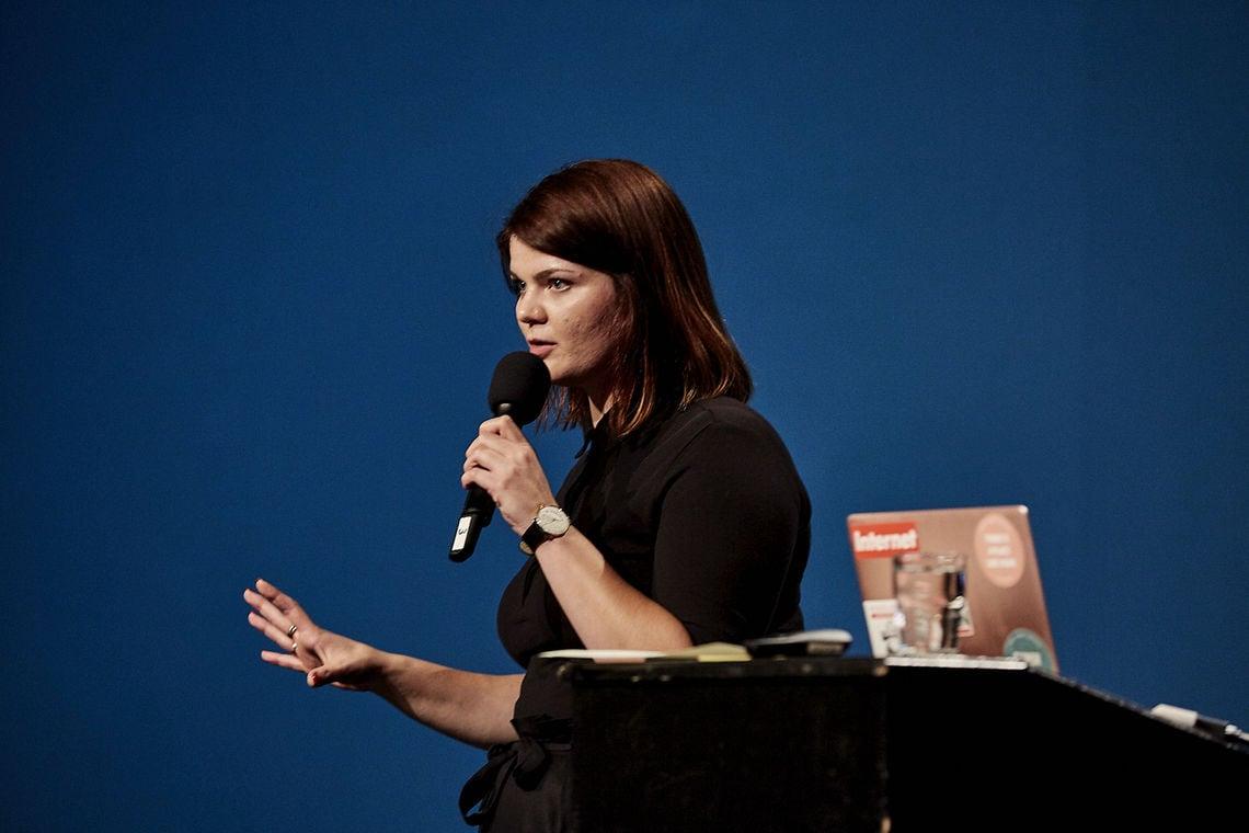 Sophie Passmann auf dem Zündfunk-Netzkongress