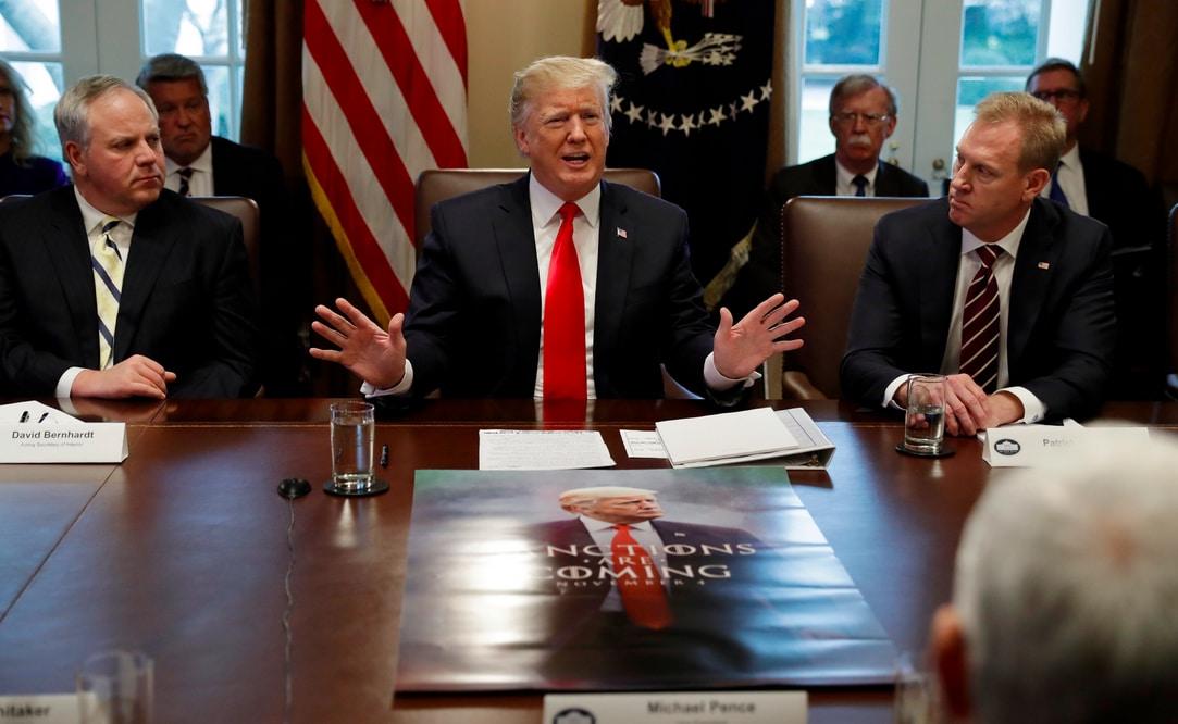 Trump und sein Plakat