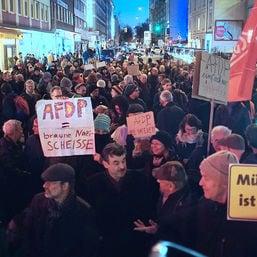 demo thueringen crowd sz