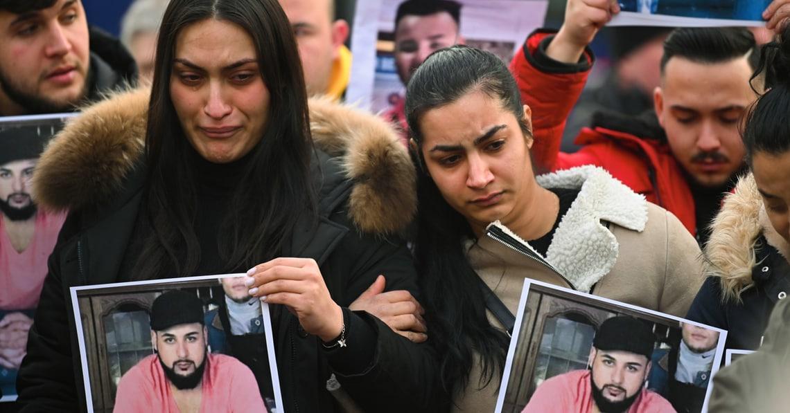#SayTheirNames: Warum jetzt so viele die Namen der Opfer von Hanau teilen