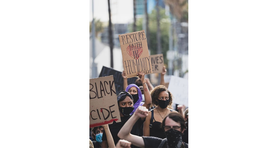 fotos proteste chris laxamana galerie hollywood 36