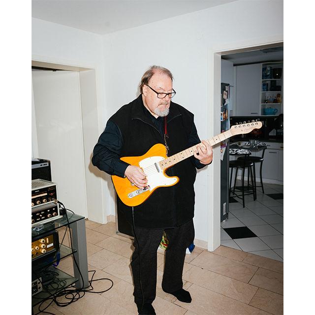 fotoprojekt felix adler galerie 2 mit e gitarre