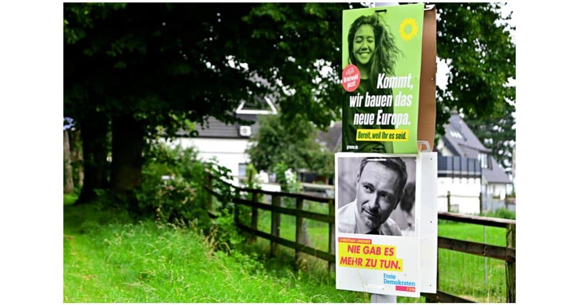 iv junge waehler innen gruene fdp plakate
